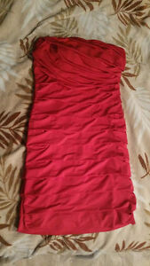 Red Formal/Evening Dress - Size Medium - Stretchy Material