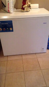 White 7.1 ft freezer