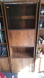 Shelf with bar door