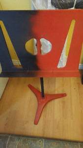 VINTAGE SOLID MUSIC STAND
