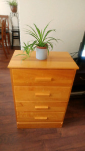 Solid wood 4 drawer chest