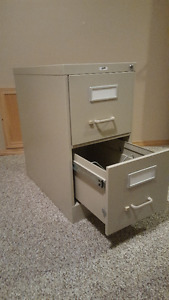$120 - 2 Drawer Filing Cabinet