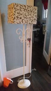 Floor lamp, great condition