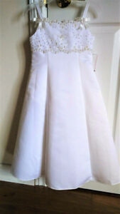 NEW with Tag David's Bridal Flower Girl Gown 3-4T
