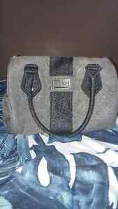 Fox brand purse London Ontario image 1