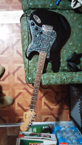 Squire fender strat and amp