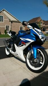 2012 gsxr600 Mint Condition!!