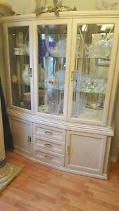 Dining Room Glass Hutch/Display cabinet