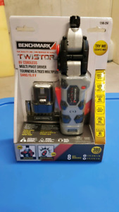 8 VOLD CORDLESS SCREWDRIVER (NEW)