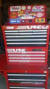 Top Middle Bottom tool boxes
