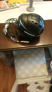 Kids hockey helmet with cage