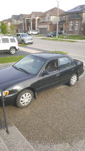 $700.00 2001  Toyotoa Corolla as is.