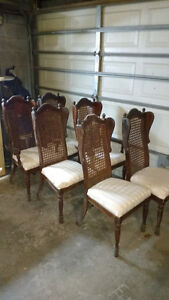 6 wood chairs free for pick up