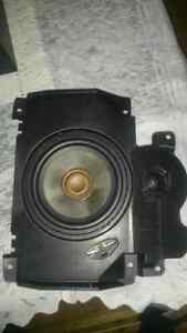 volvo s40 haut parleur centre surround