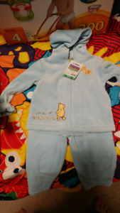 Pooh sweater and pants. 18-24 m