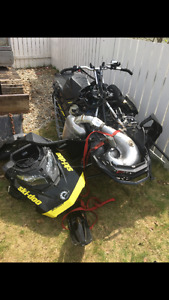 2017 Skidoo 850 - Parts sled