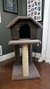 Cat house tower scratching post