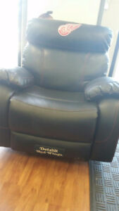 Black Leather Team Chairs