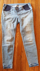 EUC Maternity jeans - size 8 - only worn once