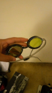 Like new speedo goggles