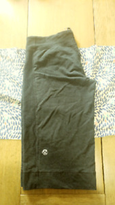 Various Lululemon items