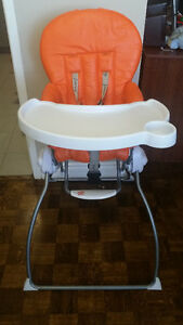 Joovy Nook highchair