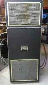 Leslie Speaker Model 910: 2-Part Cabinet c/w Cables and Preamp Kitchener / Waterloo Kitchener Area image 4