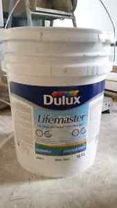 Dulux Lifemaster 18.9L Bucket Silver Quill Grey Paint London Ontario image 1
