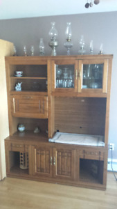 DISPLAY CABINET/DINING