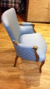 Great Christmas Gift . Antique chairs for sale. Kitchener / Waterloo Kitchener Area image 4