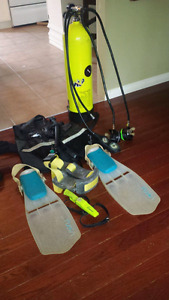 Dive gear and 2 complete wet suits