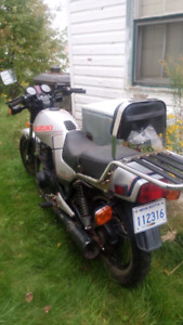 1983 suzuki 400cc for project or parts