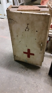 Industrial first aid cabinet