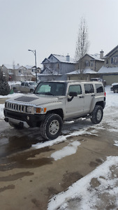 2008 HUMMER H3 Base SUV, Crossover