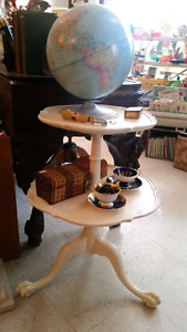 Stunning, antique, tiered clawfoot table