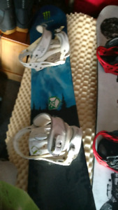 149 cm Limited Snowboard with Forum Bindings