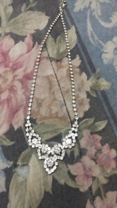BRAND NEW. necklace