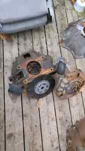8 cylinder 55 to 57 Chevy 8 cylinder bellhousing   West Island Greater Montréal image 2