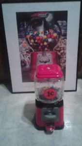 1 cent gumball machine (80s replica) steel and glass