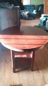 Kitchen table. 200 obo