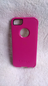 iPhone 5/5s Otterbox case (good condition)
