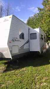 1/2 ton towable bunkhouse travel trailer with slide