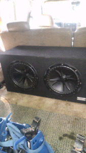 2x 12inch kickers with box and 2000 watt 4 channel amp