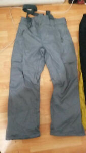 FireFly snowpants. Size Large near new condition