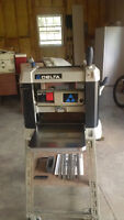 """Delta 13"""" Two Speed Finishing Planer"""