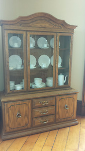 Dining Room Hutch / Cabinet