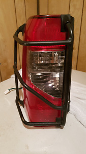 Tail Light Assembly LH for '00-'04 NISSAN Xterra