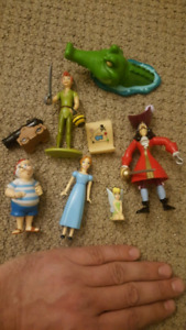 WALT DISNEY PETER PAN figurines