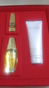 BNIB ESTEE LAUDER BEAUTIFUL PERFUME GIFT SET FOR SALE.