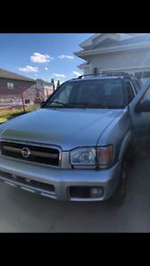 2004 Nissan Pathfinder - Good condition